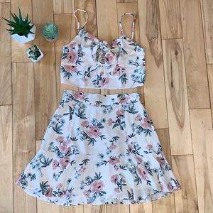 American Eagle 2 Piece Skirt Set